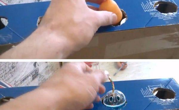 Розміщуємо в коробку капсулу і обрану маленьку іграшку