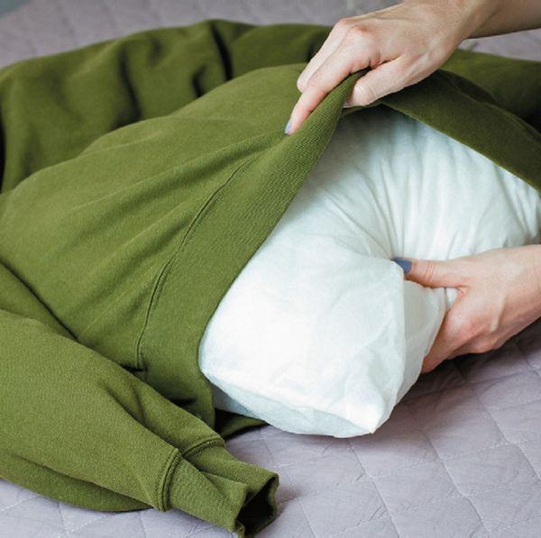 Наповнюємо подушкою дно майбутнього лежака