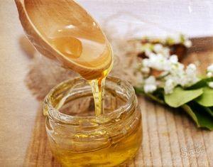 Ako skontrolovať, či je med prírodný: spôsoby, ako skontrolovať kvalitu nákupu