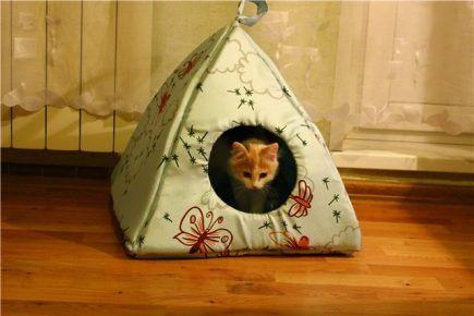 Будиночок для кішки своїми руками з тканини