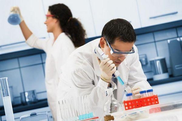 Лабораторни асистенти